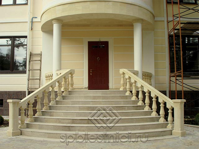 Бетонные ступени для лестницы СПБ