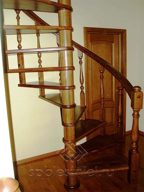 Деревянная лестница на второй этаж СПБ