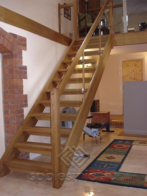 Деревянная лестница с поворотом СПБ