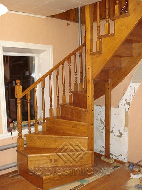 Деревянная лестница цена СПБ