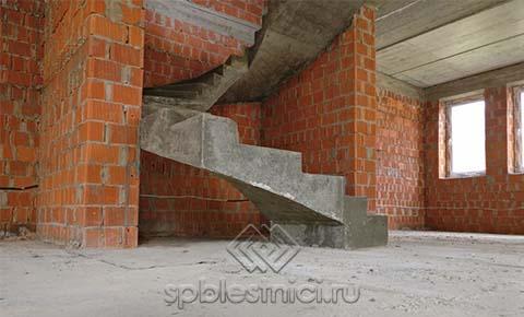 Фото бетонная винтовая
