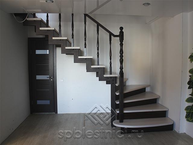 Изготовление металлических лестниц в Петербурге