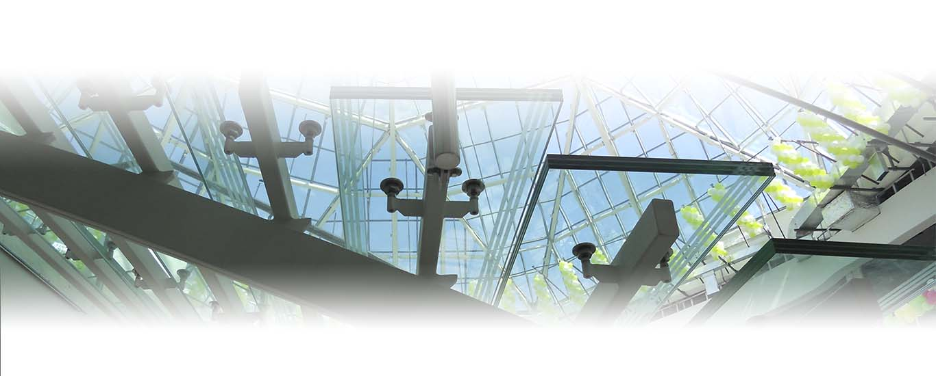 Лестницы стеклянные СПБ