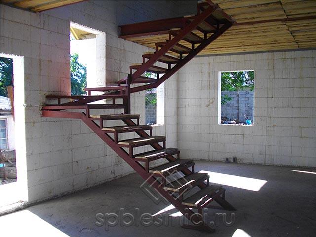 Расчет металлической лестницы в Санкт Петербурге