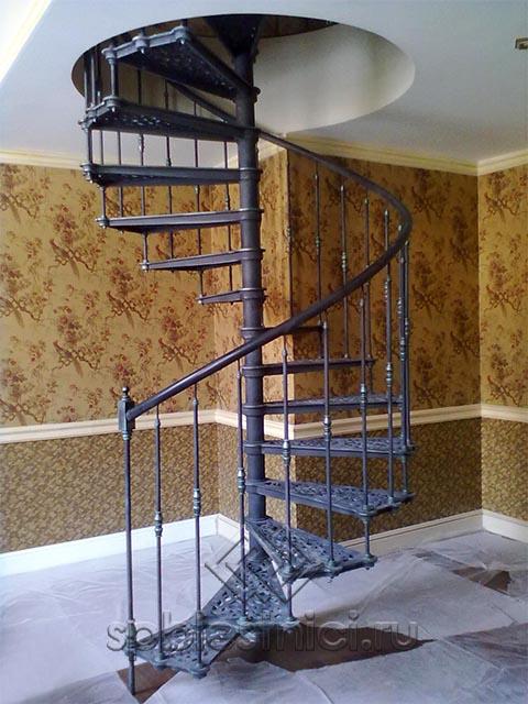 Цены на металлические лестницы в Санкт Петербурге