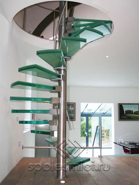 Стеклянная лестница на второй этаж Питер