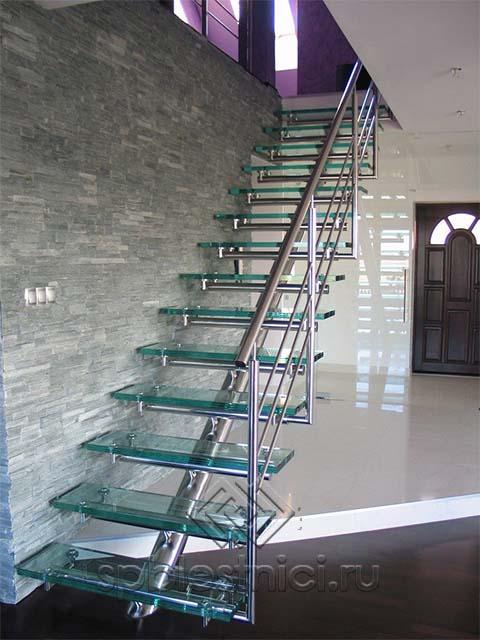Стеклянная лестницы заказать СПБ