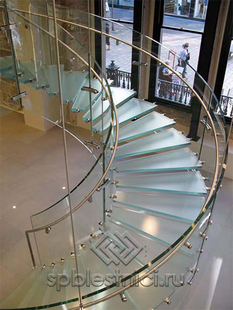 Стеклянные лестницы фото цена